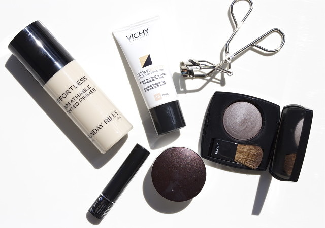 Travel Essentials: Skincare & Makeup