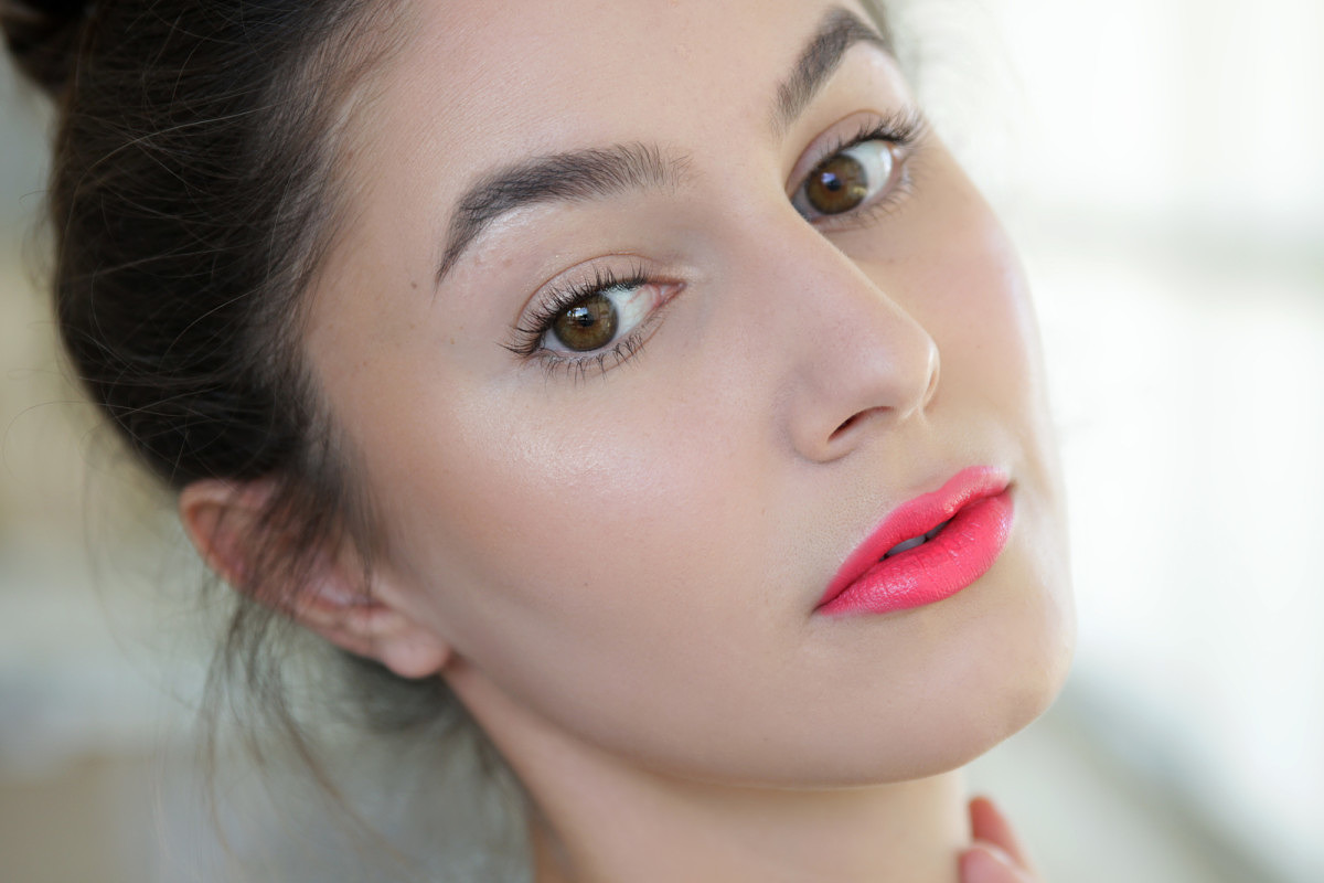 The lipstick that sold out worldwide... Review, Swatches ...