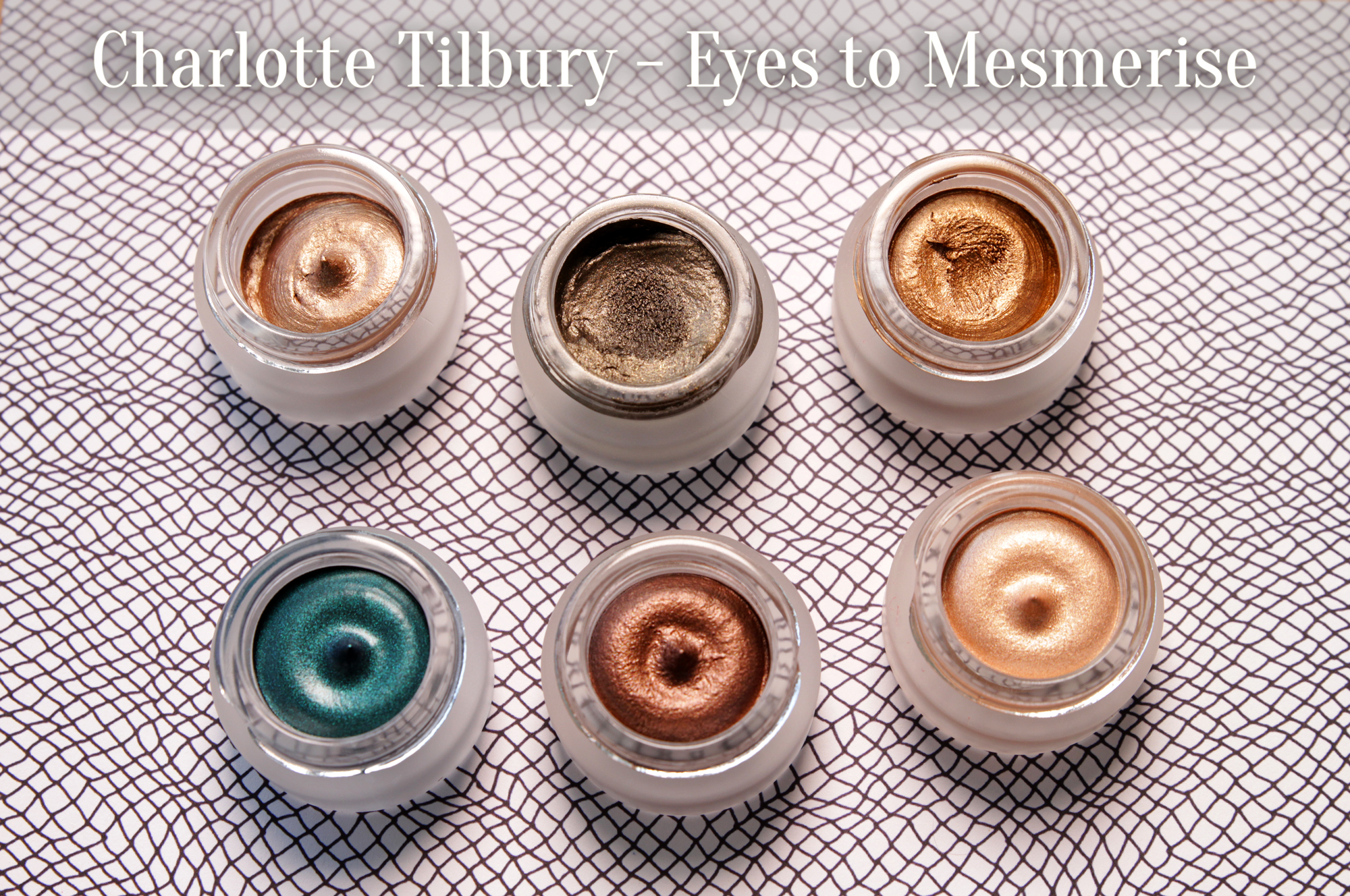 Charlotte Tilbury – Eyes to Mesmerise Cream Eyeshadow Review & Swatches